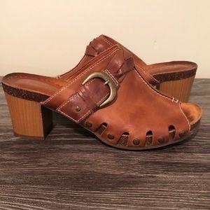Pikolinos Praga Brandy Leather Peep Toe Mules